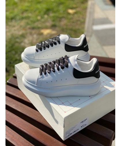 Alexander McQueen Women's leather sneakers white with black