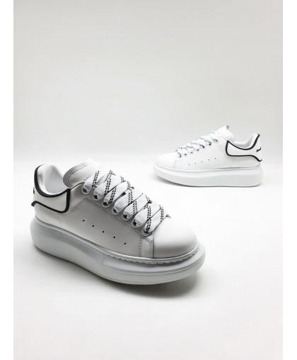 Alexander McQueen Women's leather sneakers white